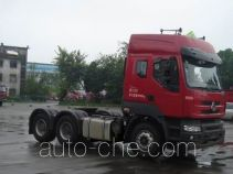 Chenglong dangerous goods transport tractor unit