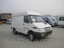 Iveco NJ5044XXYQ5A box van truck