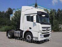 XCMG dangerous goods transport tractor unit