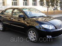 Двухтопливный легковой автомобиль BYD QCJ7150A/CNG