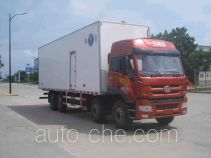 Qingchi QYK5319XBW insulated box van truck
