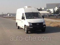 SAIC Datong Maxus SH5041XLCA9D5 refrigerated truck