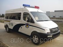SAIC Datong Maxus SH5043XQCA9D3 prisoner transport vehicle