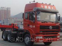 十通牌STQ4258L07Y5S3型牵引汽车