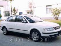 Volkswagen Passat SVW7183HJD car