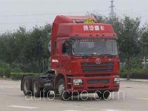 陕汽牌SX4258NV384TLW型危险品牵引汽车