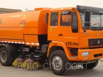 Street sweeper truck with rear roller