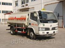 培新牌XH5080GYY型运油车