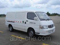 Golden Dragon XML5035XXY15 box van truck