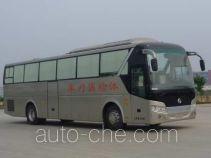 金旅牌XML5177XTJ13型体检医疗车