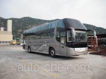 金旅牌XML6128J13W型卧铺客车