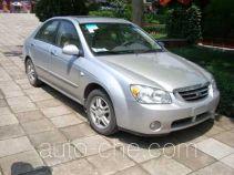 KIA YQZ7181E3 car