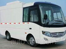 Yutong ZK5042XXYAA box van truck