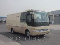 Yutong ZK5080XXY15 box van truck
