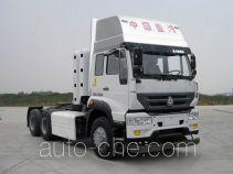 Sida Steyr ZZ4251N3841E1C tractor unit