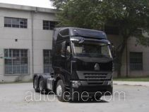 Sinotruk Howo ZZ4257M3247N1Z container transport tractor unit