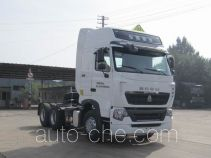 Sinotruk Howo ZZ4257N324WE1W dangerous goods transport tractor unit