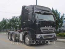 Sinotruk Howo ZZ4257V323MD1Z container carrier vehicle