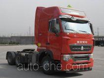 Sinotruk Howo ZZ4257V324HD1W dangerous goods transport tractor unit