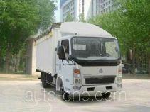 Sinotruk Howo ZZ5047CPYC3413D137 soft top box van truck