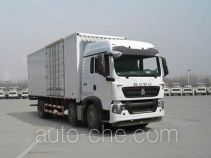 Sinotruk Howo ZZ5257XXYM56CGE1 box van truck