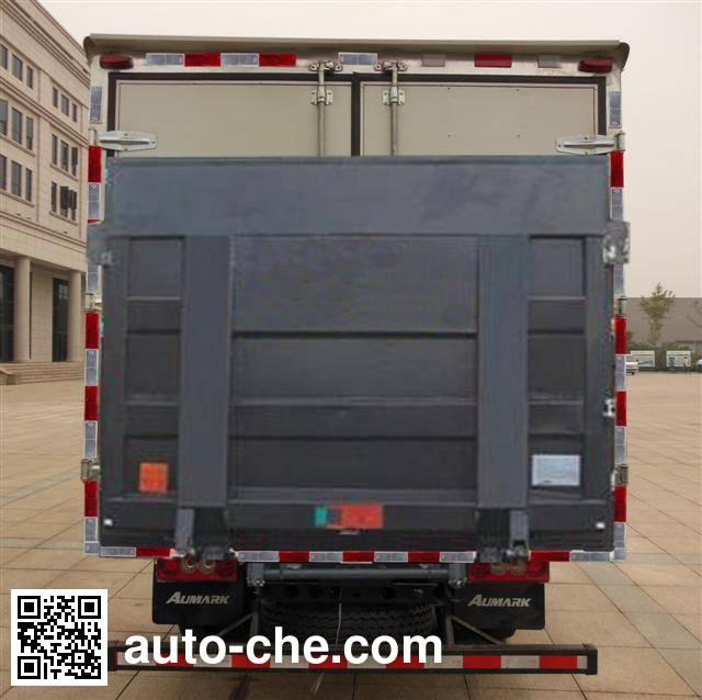 Foton BJ2049Y7JES-A2 cross-country box van truck