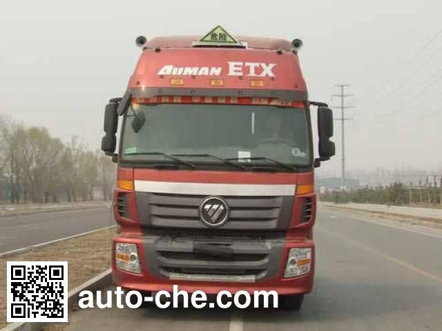 Foton Auman BJ4183SLFKA-XB dangerous goods transport tractor unit