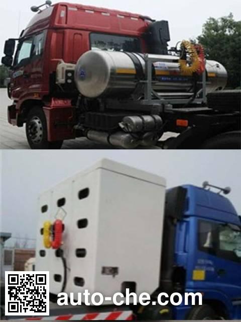 Foton Auman BJ4253SNFCB-XC dangerous goods transport tractor unit