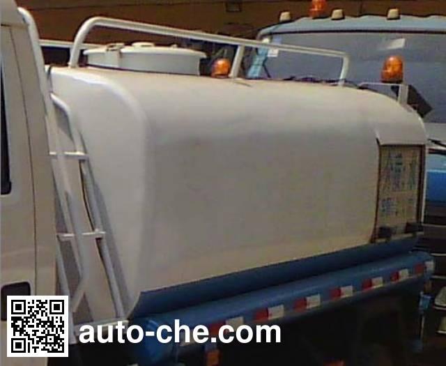 Foton BJ5072GSS-G1 sprinkler machine (water tank truck)