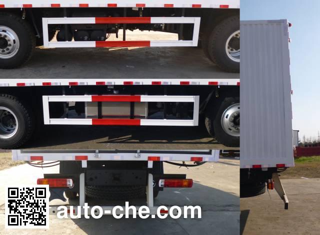 Foton Auman BJ5252XYK-AC wing van truck