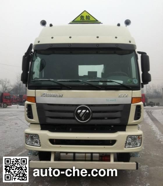 Foton Auman BJ5253GYY-XD oil tank truck chassis