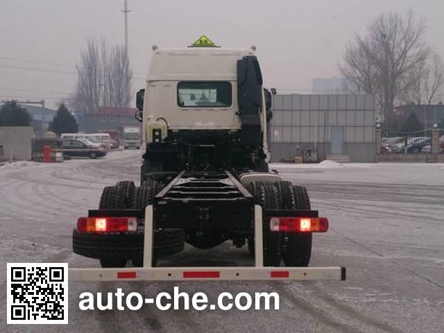 Foton Auman BJ5253GYY-XF oil tank truck chassis