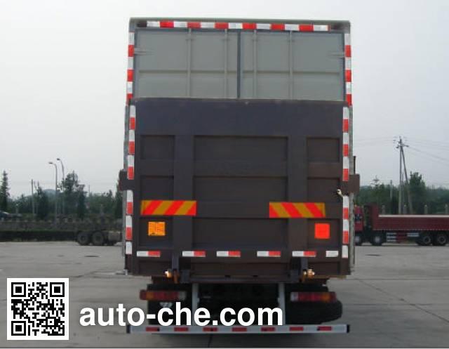Foton Auman BJ5313XXY-XE box van truck