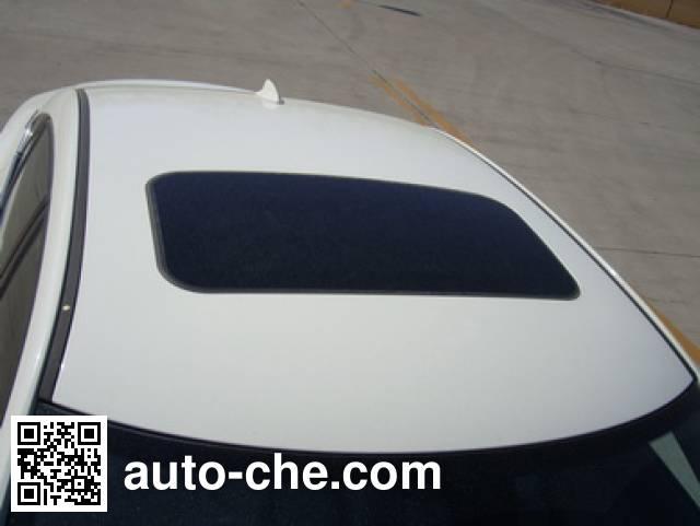 北京牌BJ7200C6F轿车