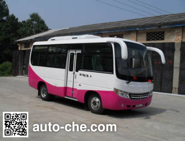 齐鲁牌BWC6605KH客车