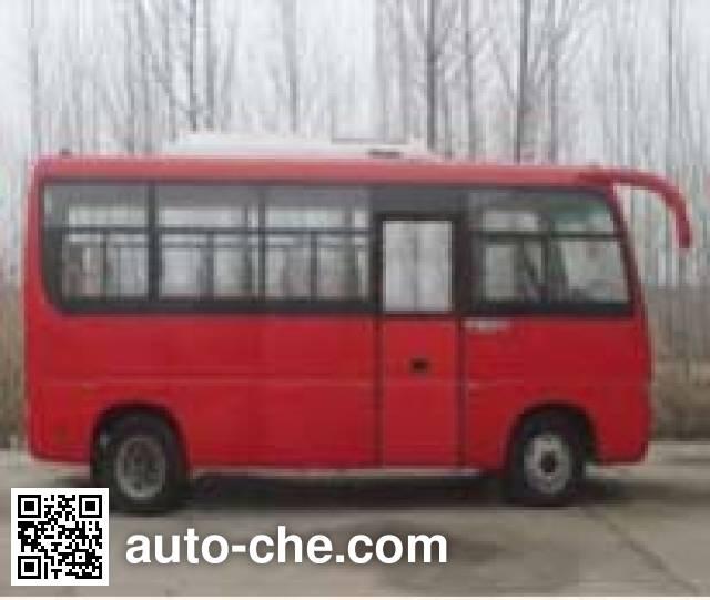 齐鲁牌BWC6665KA5客车