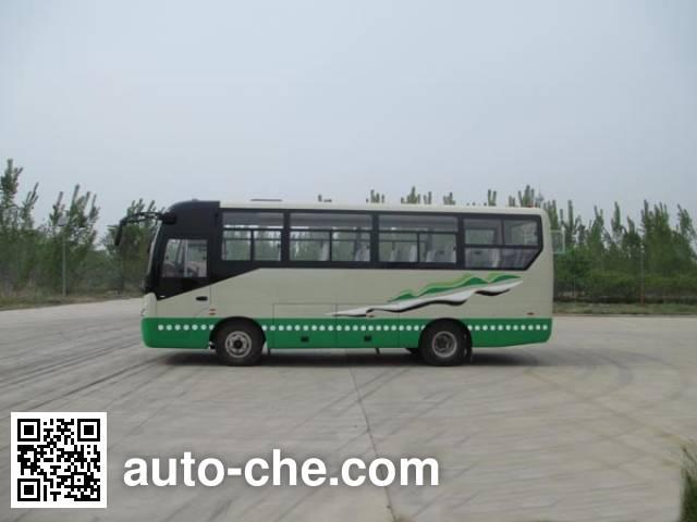 齐鲁牌BWC6825KA客车