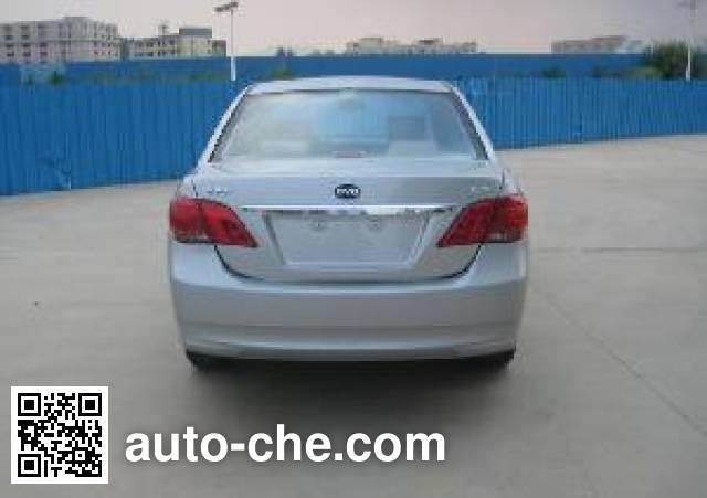 BYD BYD7153A1 car