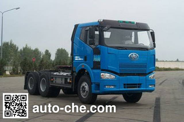 FAW Jiefang CA4250P66K2T1A1E diesel 6x4 cabover tractor unit