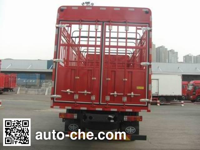 解放牌CA5160CCQP62K1L4A2E5畜禽运输车