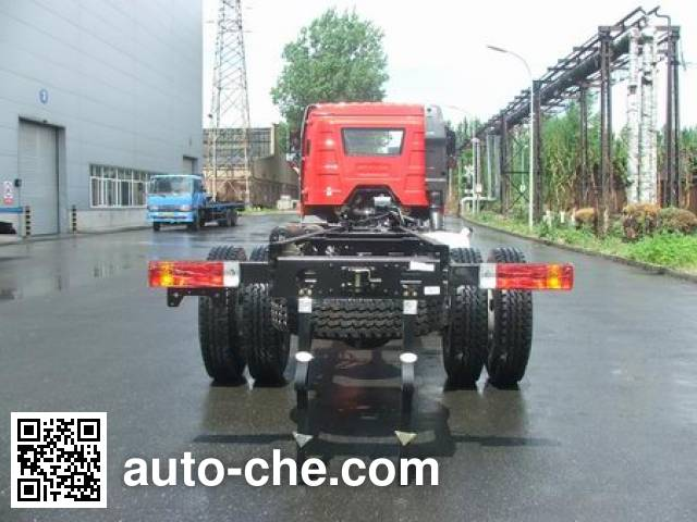 FAW Jiefang CA5250GYYP63K1L5T3E5 oil tank truck chassis