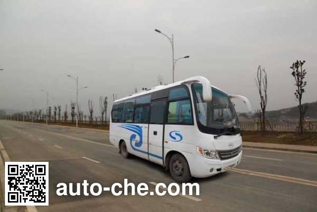 川马牌CAT6660N5E客车