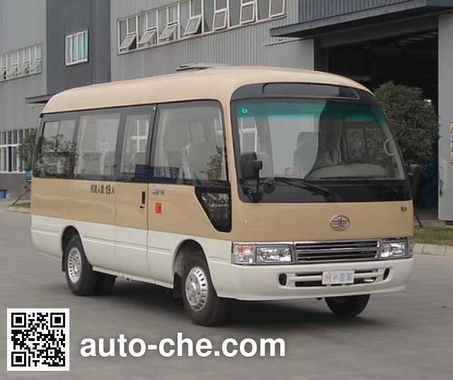解放牌CDL6606EC客车