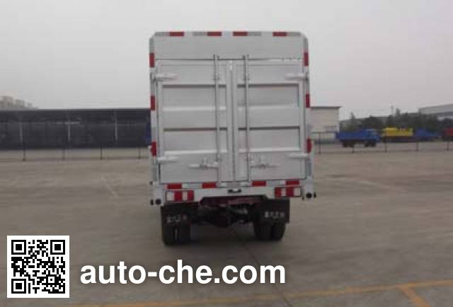Sinotruk CDW Wangpai CDW2310CWCS3M2 low-speed stake truck