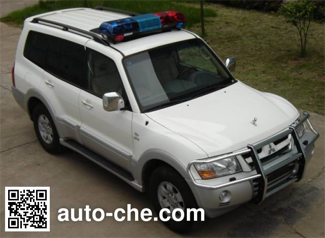 Mitsubishi CFA5038XQCB prisoner transport vehicle
