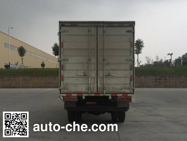 Dayun CGC2040XHDE33E cross-country box van truck