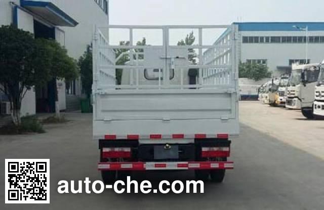 程力威牌CLW5040CCQ5畜禽运输车