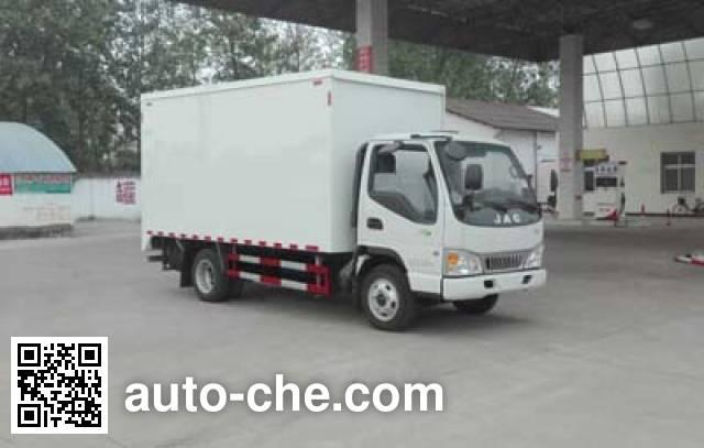 程力威牌CLW5040XWTH5舞台车