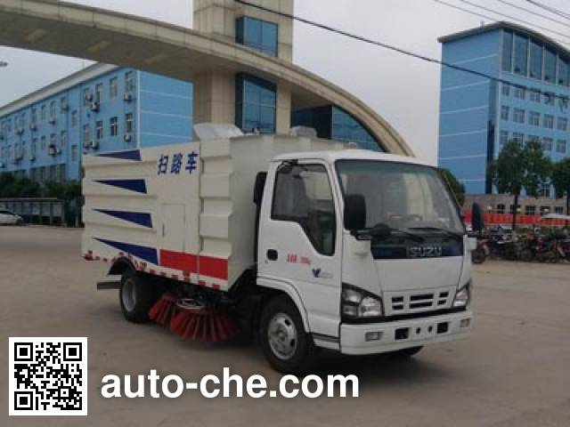 Chengliwei CLW5070TSLQ5 street sweeper truck