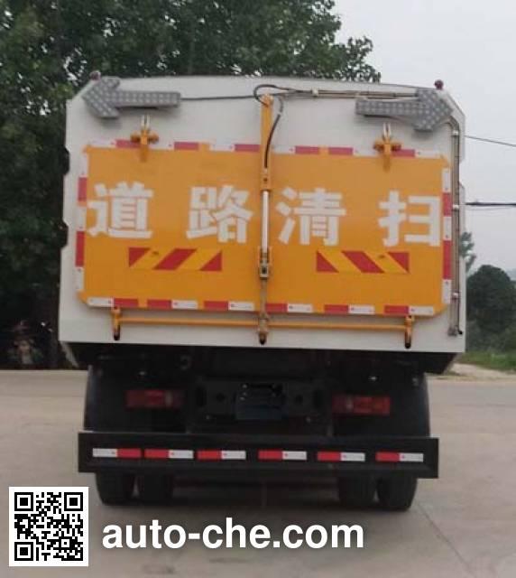 程力威牌CLW5162TSLD5扫路车